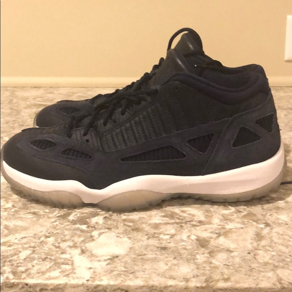chaussure air jordan 11 retro low ie